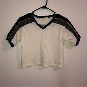 women's urban outfitters v neck crop top